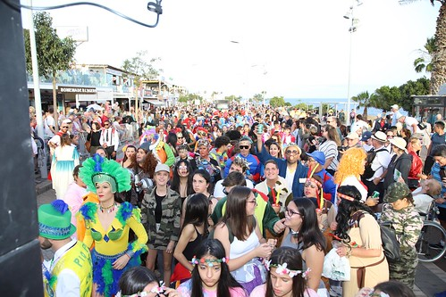 Resultado de imagen de Ritmo y color en el coso de carnaval de Puerto del Carmen