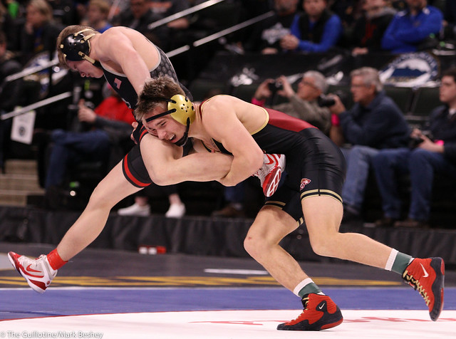 152AAA Semifinal - Hunter Lyden (Stillwater) 48-2 won in tie breaker - 1 over Willie Bastyr (Lakeville South) 38-6 (TB-1 3-2) - 200229amk0197