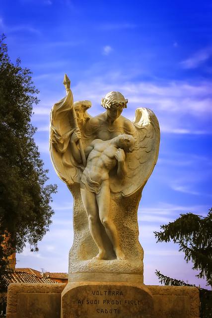 Volterra, 'L' Angelo dei Caduti' - Volterra, 'The Angel of the Fallen'