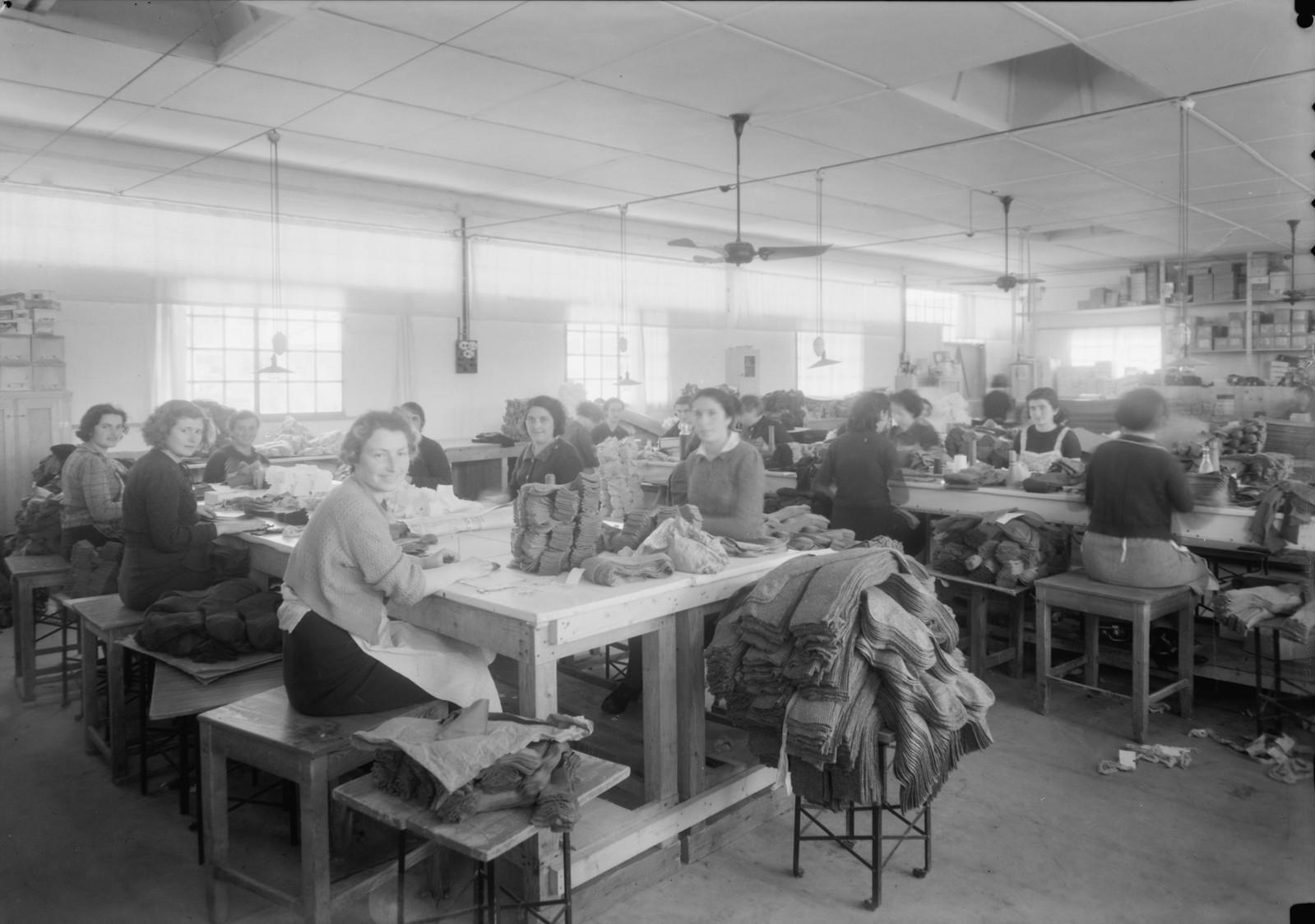 08. Lodzia Textile Co. в поселке Холон. Доработка носков и чулок