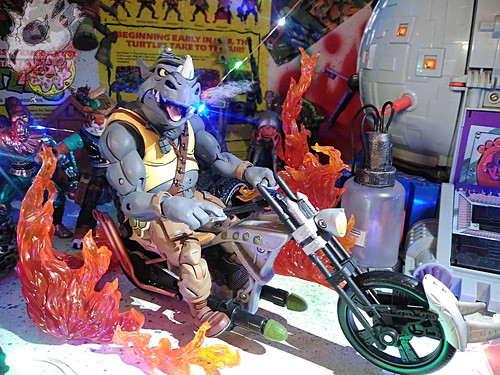 Duzmachines84 :: Rhino Guys Helmet & Pig Guy's Drill Gun xviii / ..on '16 Rhino Chopper (( 2020 ))