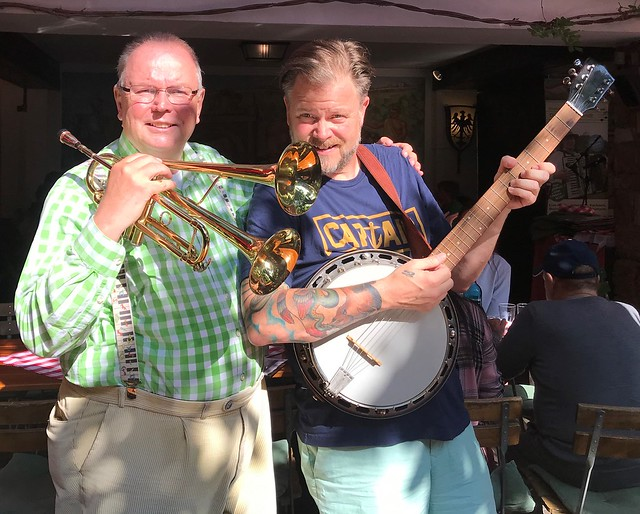 Ruedesheim on the River Rhine in Germany - 2019 - With a Guest in the Wine Garden BEIM LINDENWIRT, who played the Banjo
