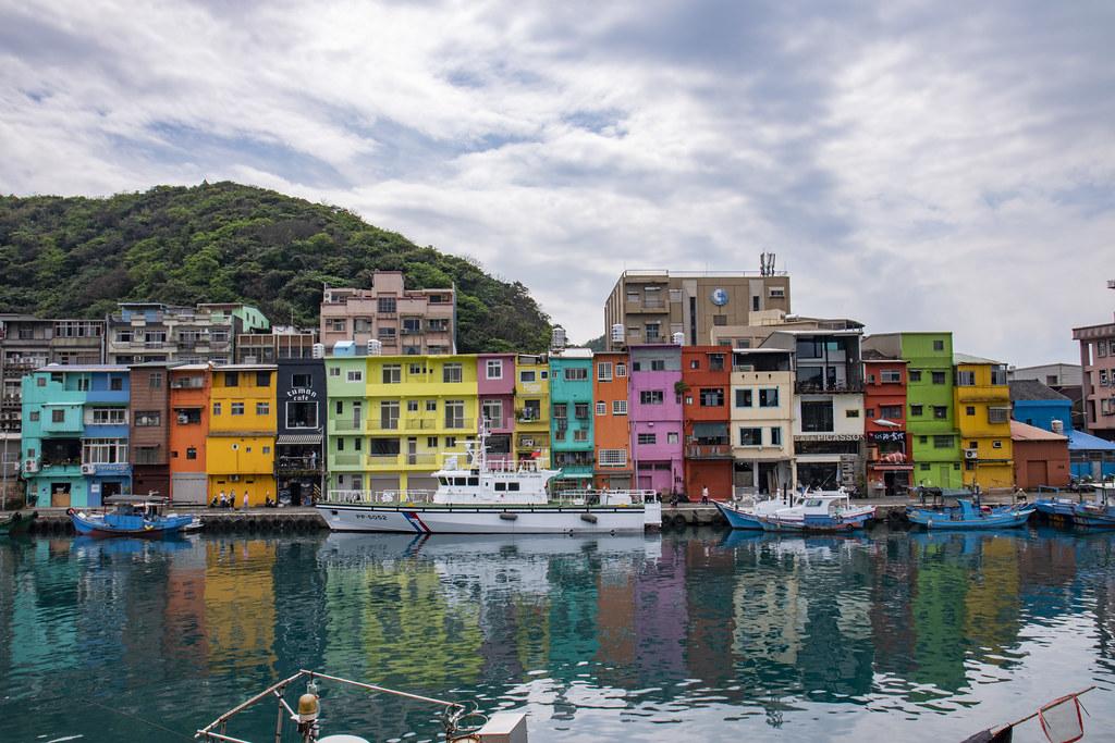 基隆正濱漁港彩虹屋| 阿根納造船遺址| ChengXun Wen | Flickr