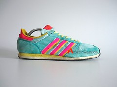 VINTAGE ADIDAS VINTAGE ADIDAS RACE WALK SD RUNNING SPORT SHOES