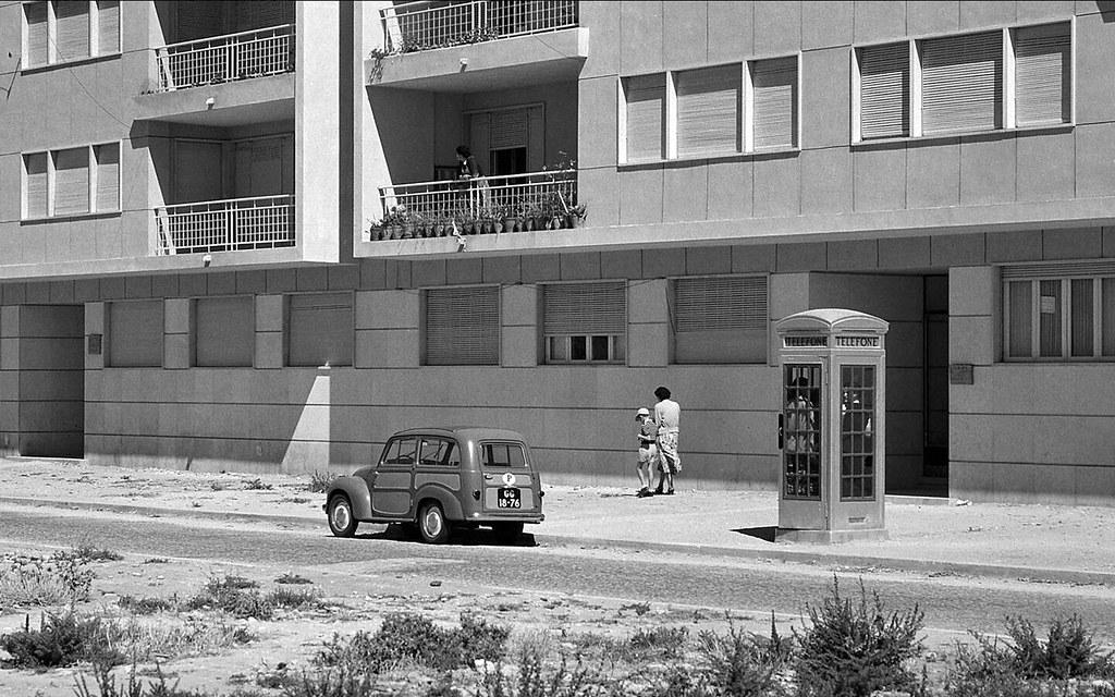 Av. dos Estados Unidos, 104-106, Lisboa (M. Novais, c. 1952)