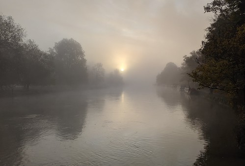 oxford england uk fog foggy thames christchurchmeadow sunrise