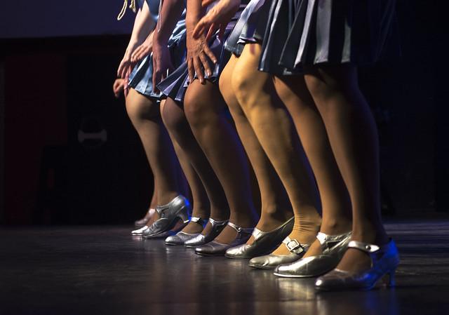 Mujeres que danzan la vida