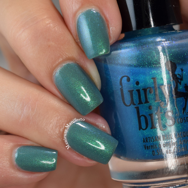 Bee's Knees Lacquer Undertow review