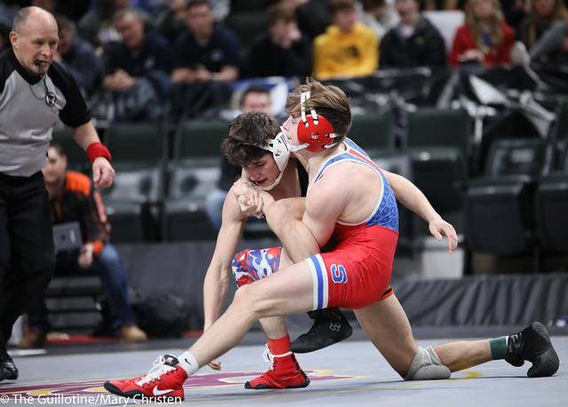 126AA Semifinal - Chase DeBlaere (Simley) 47-3 won by fall over Landen Parent (Princeton) 42-4 (Fall 5:04). 200229AMC1292