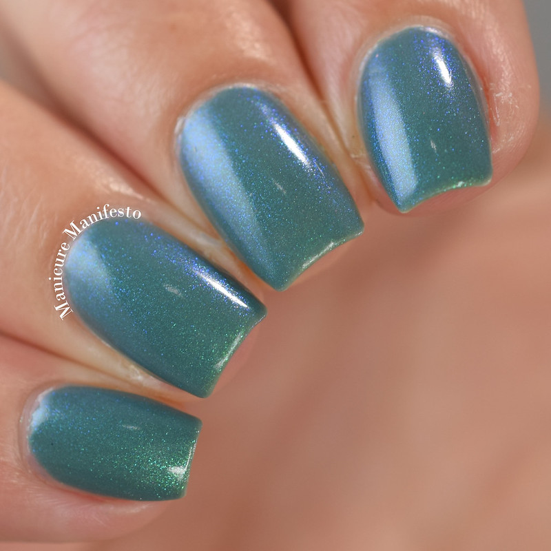 Bee's Knees Lacquer Undertow