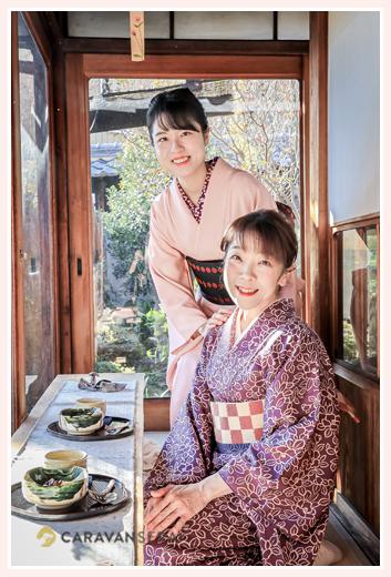 久米邸(愛知県瀬戸市の古民家) 着物姿の親子(お母さまとお嬢様)
