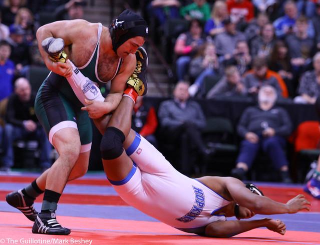 220AAA 5th: Antonio Davis (Park) 44-5, Sr. over Deonte Bryant (Hopkins) 26-5, Sr. (MD 11-3) - 200229bmk0190