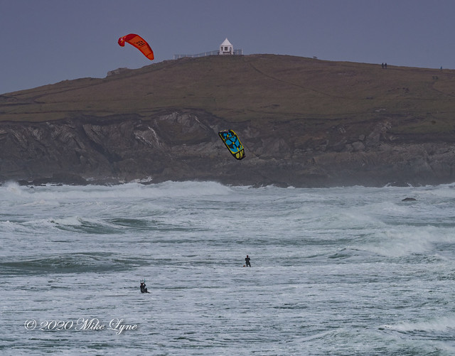 Kite Surfers and the Huer's Hut