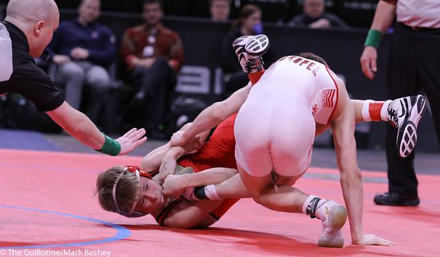 113AAA 1st: Blake West (Shakopee) 51-1, Jr. over Zach Hanson (Lakeville North) 43-5, Fr. (Dec 7-1) - 200229cmk0055