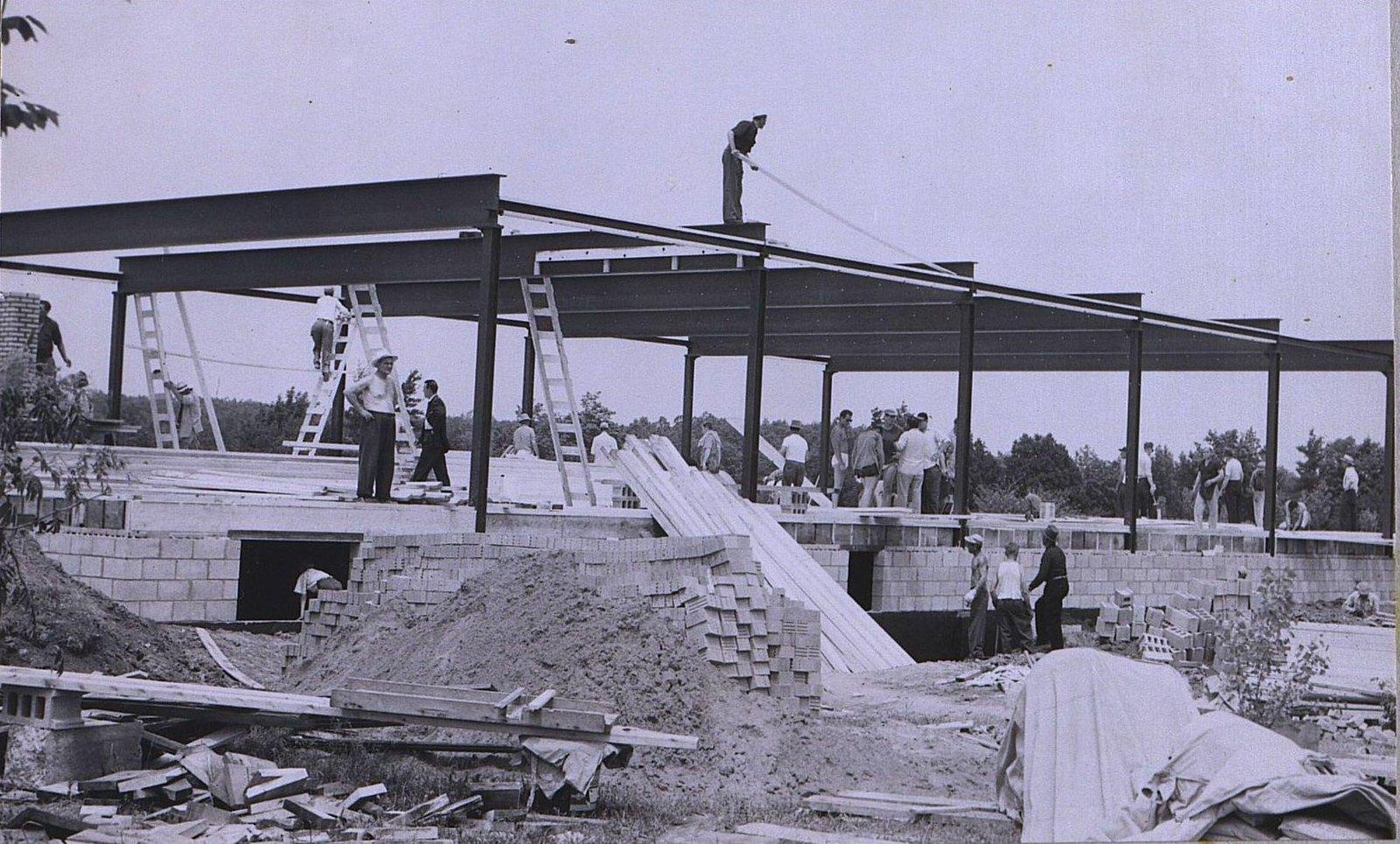 05. 1950-е. «В Палермо будет свой павильон». Эпизод строительства.