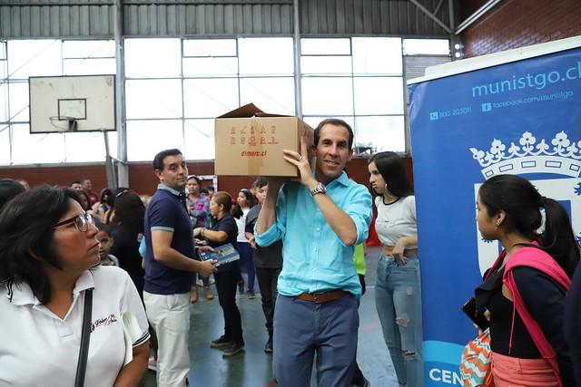 #EnTerreno : Entrega de Útiles Escolares con ONG Polvos Azules