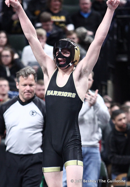 120A Semifinal - Brandon Ross (Caledonia-Houston) 34-6 won by decision over Zach Brown (Crookston) 35-11 (Dec 3-1). 200229AJF1097