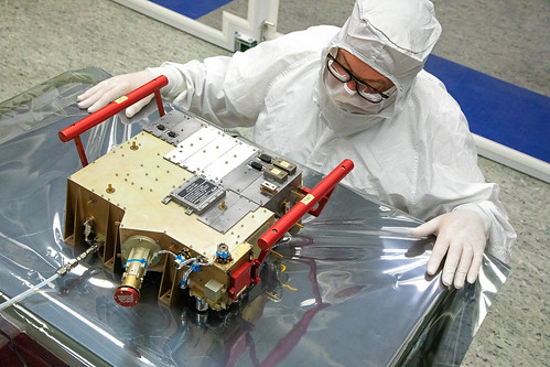 europeanspaceagency space universe cosmos spacescience science spacetechnology tech technology juice inthecleanroom esa engineering engineer jupitericymoonexplorer uvs