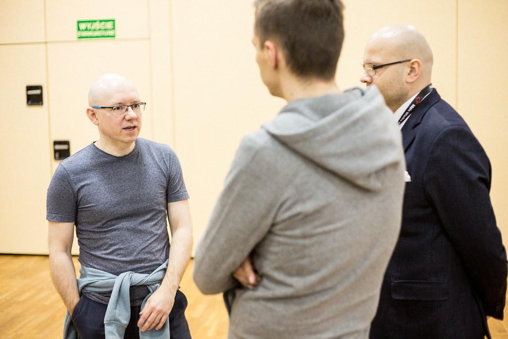 W kuluarach też mały Mastermind – Michał Szafrański, Piotr Bucki zpodcastu Biznes wIT orazJakub Cyran.