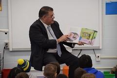 Rep. Rutigliano Celebrates Read Across America with Tashua School students.