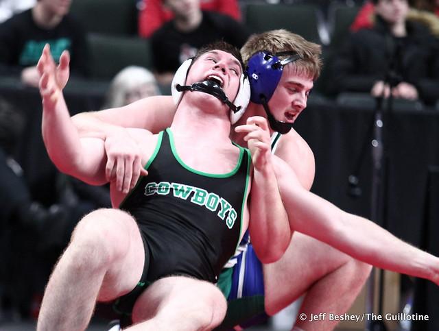 220A Semifinal - Dylan Jergenson (Minnewaska Area) 44-5 won by decision over Daniel Erlandson (Breckenridge) 38-6 (Dec 3-0). 200229AJF1846