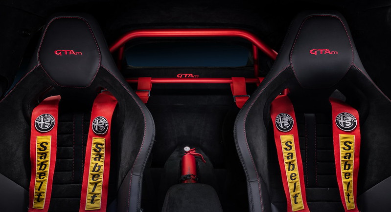 AlfaRomeo-Giulia-GTA-GTAm (10)