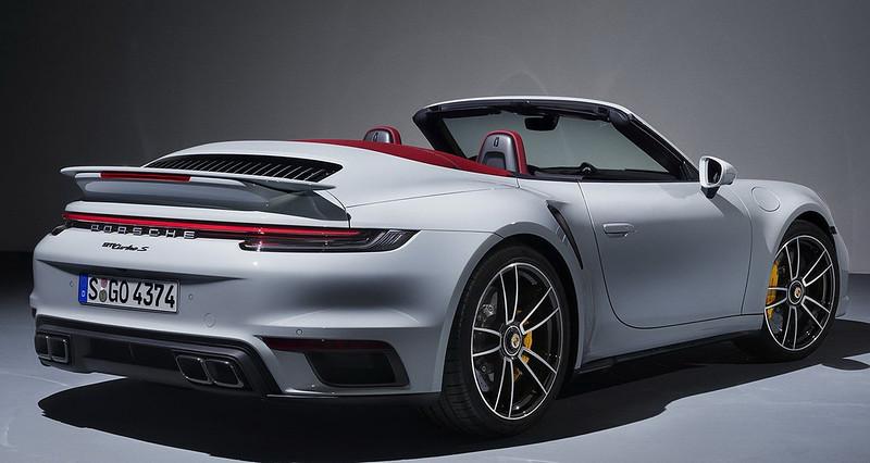 Porsche-911-Turbo-S (10)