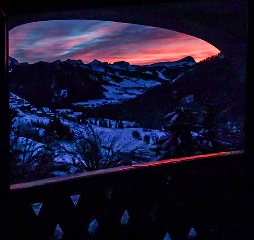 gennaio2014 january 2014 giorgiorodano colfosco winter inverno hiver neve snow neige dolomiti dolomites finestra window alba sunrise dusk