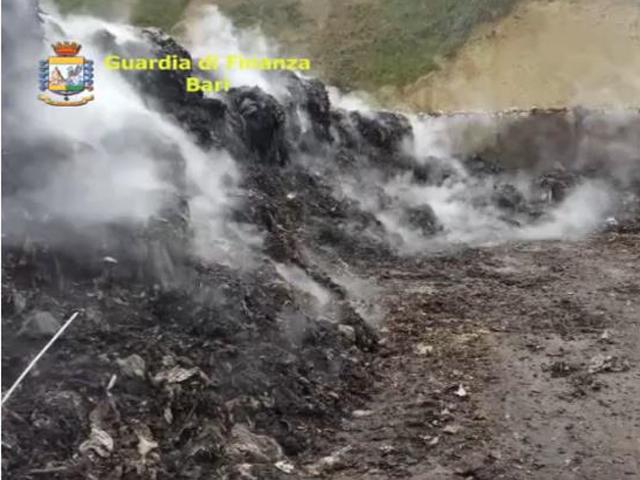 traffico illecito rifiuti gdf