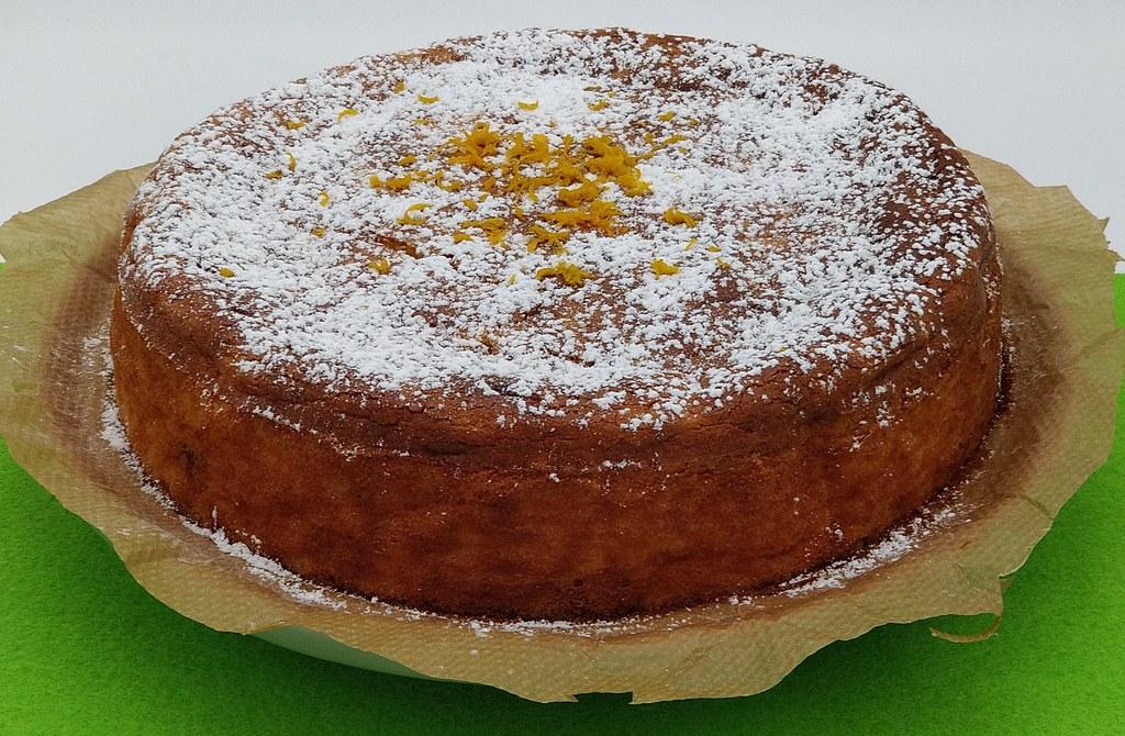 Italienischer Orangen-Reis-Kuchen