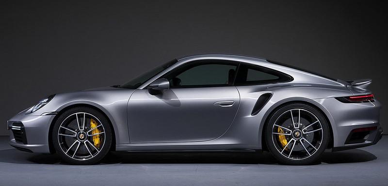 Porsche-911-Turbo-S (2)