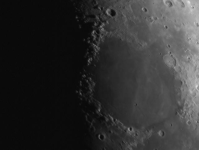 40% Waxing Crescent Moon (2) 01/03/20