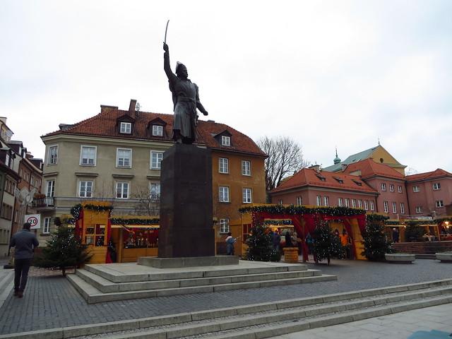 Stare Miasto Pomnik Jana Kilińskiego Placyk Piekiełko 0324