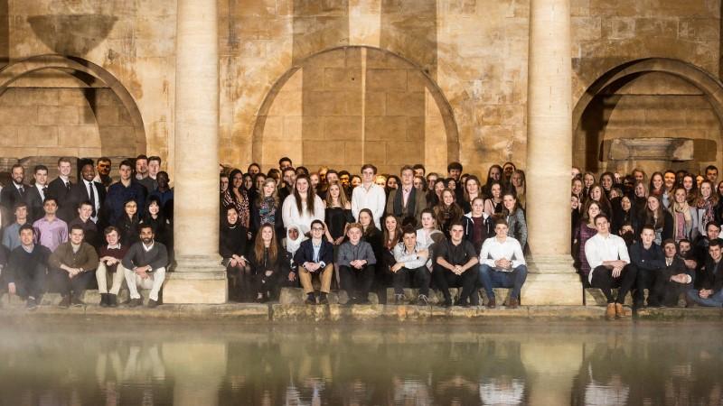 罗马浴场的一群学者