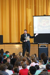 Rep. Davis celebrates Read Across America with students at Broad Brook School in East Windsor
