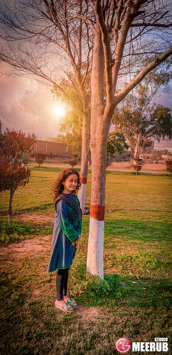 kaleemshaheedpark minsaadnan meerubadnan cute faisalabad pakistan garden colors adnanafzalmirza nature green kids trees sky portraiture flowers plants