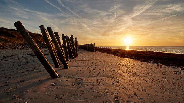 Coucher de soleil sur la plage de la Luzéronde