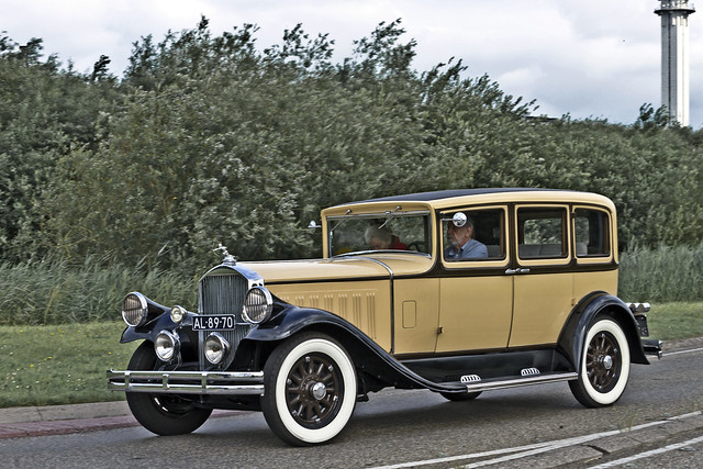 Pierce-Arrow Sedan 1929 (4210)