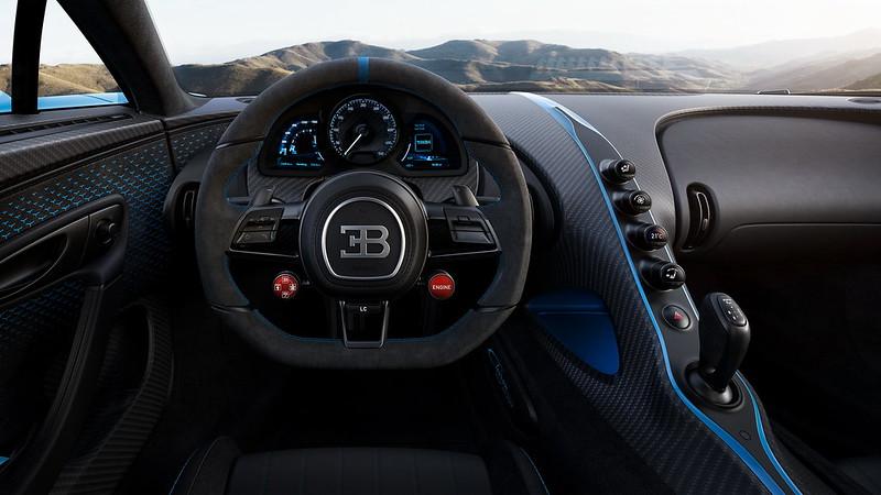 Bugatti-Chiron-Pur-Sport (2)