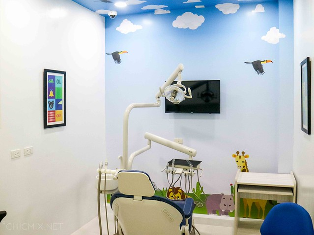 Metrodental Podium Launch pedia dental clinic