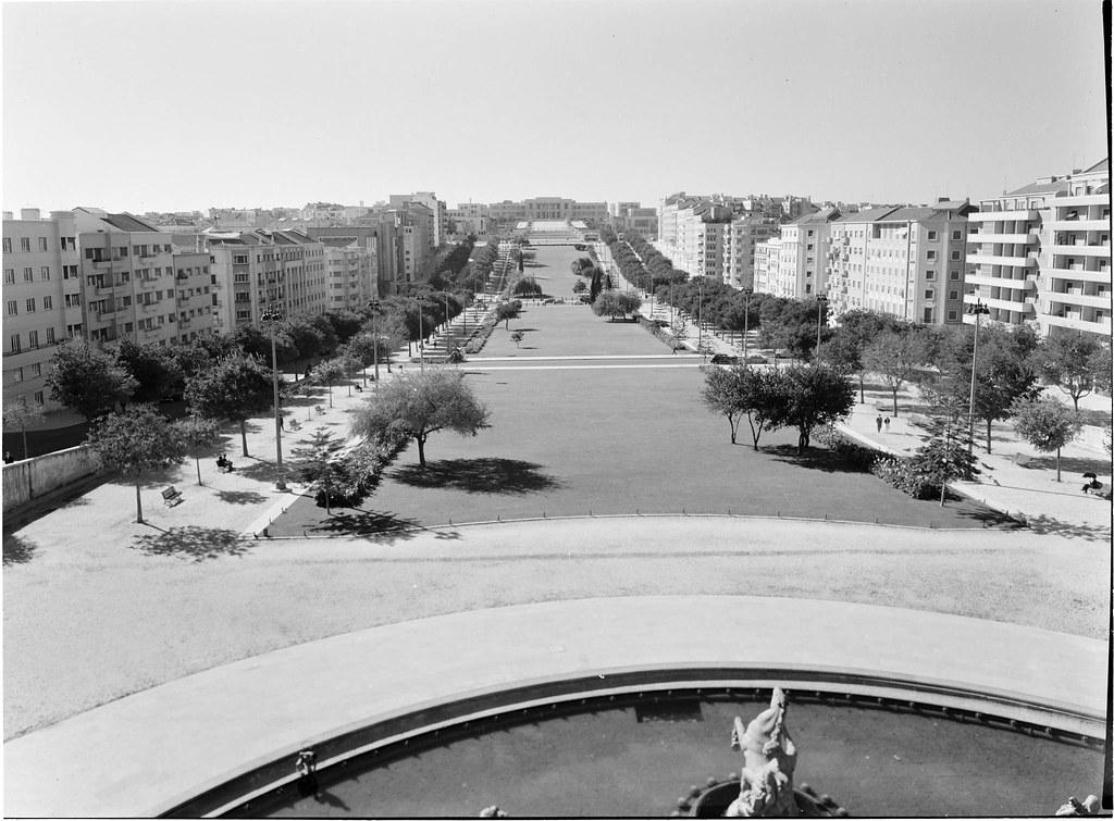 Alameda de Dom Afonso Henriques, Lisboa (Salvador de Almeida Fernandes, Set. 1958)