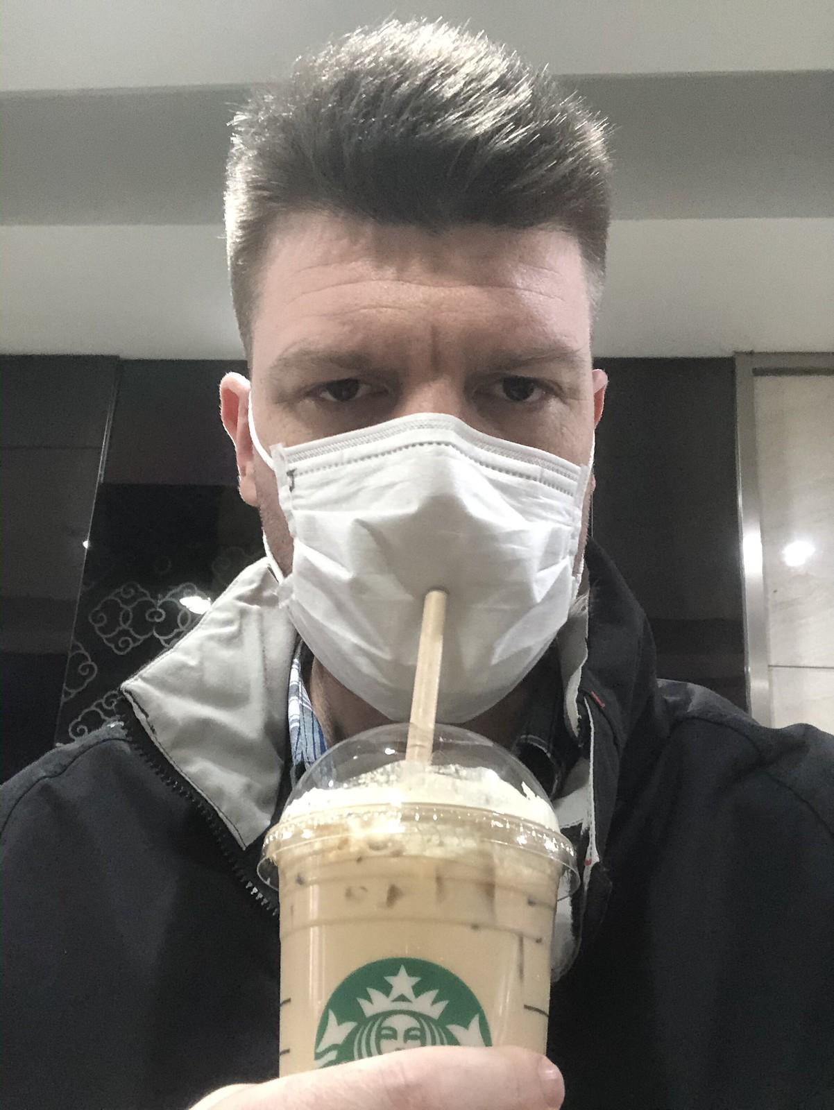 COVID-19 Starbucks