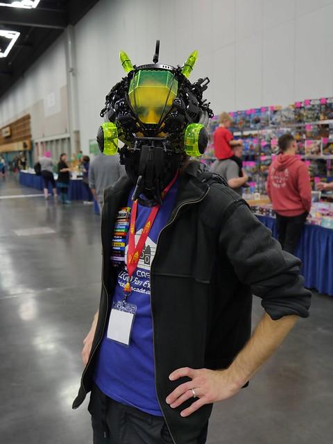 Blacktron BioSHIP & Cerebral Interface Helmet