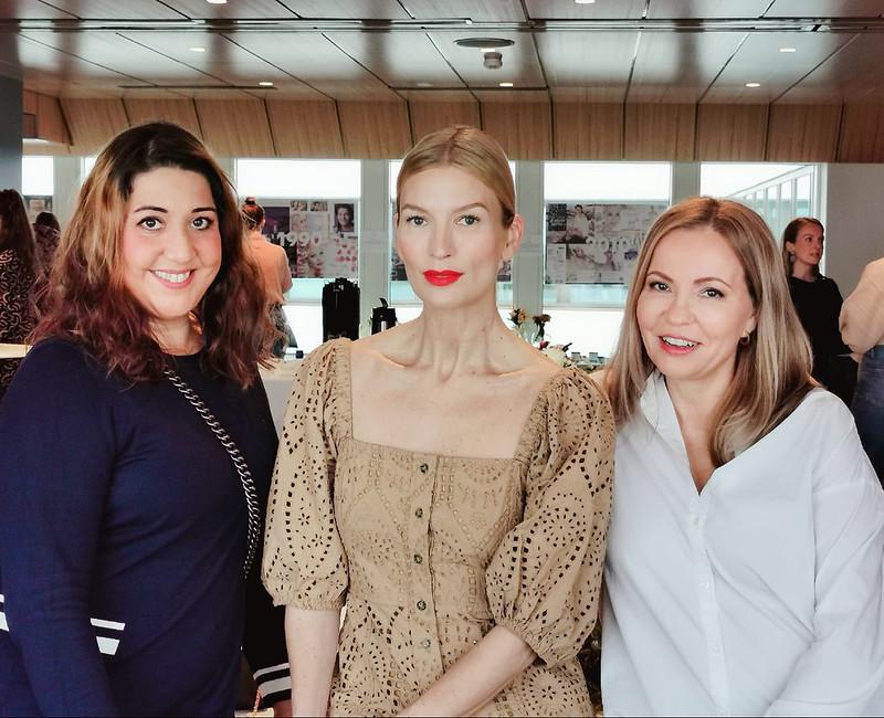 Lumene ambassadosr Niina Kurkinen ja ystäväni Mia Malmi, Business Woman