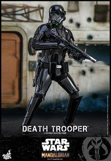 帶來沈重威壓感的恐怖士兵再襲! Hot Toys – TMS013 -《曼達洛人》帝國死亡兵 Death Trooper 1/6 比例人偶