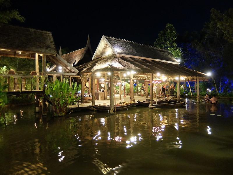 Пхукет - Сиам Нирамит - Тайская деревня