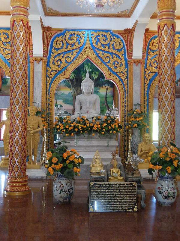 Пхукет - Ват Чалонг - Статуя Будды