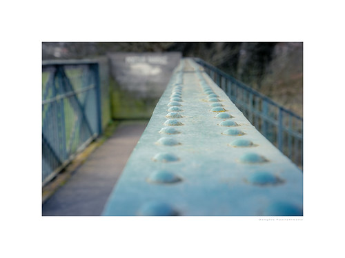 dof derbyshire duffield macro stalkmundschurch unlimitedphotos bokeh bridge closeup depthoffield photoborder rivets selectivefocus