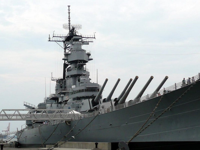 USS Wisconsin BB-64 1