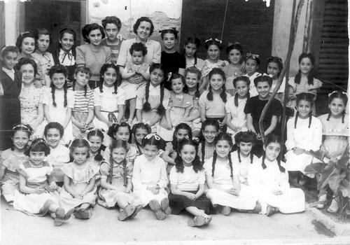 Presentació Bacardit. Mestra de nenes | Museu Palau Mercader, Cornellà de Llobregat